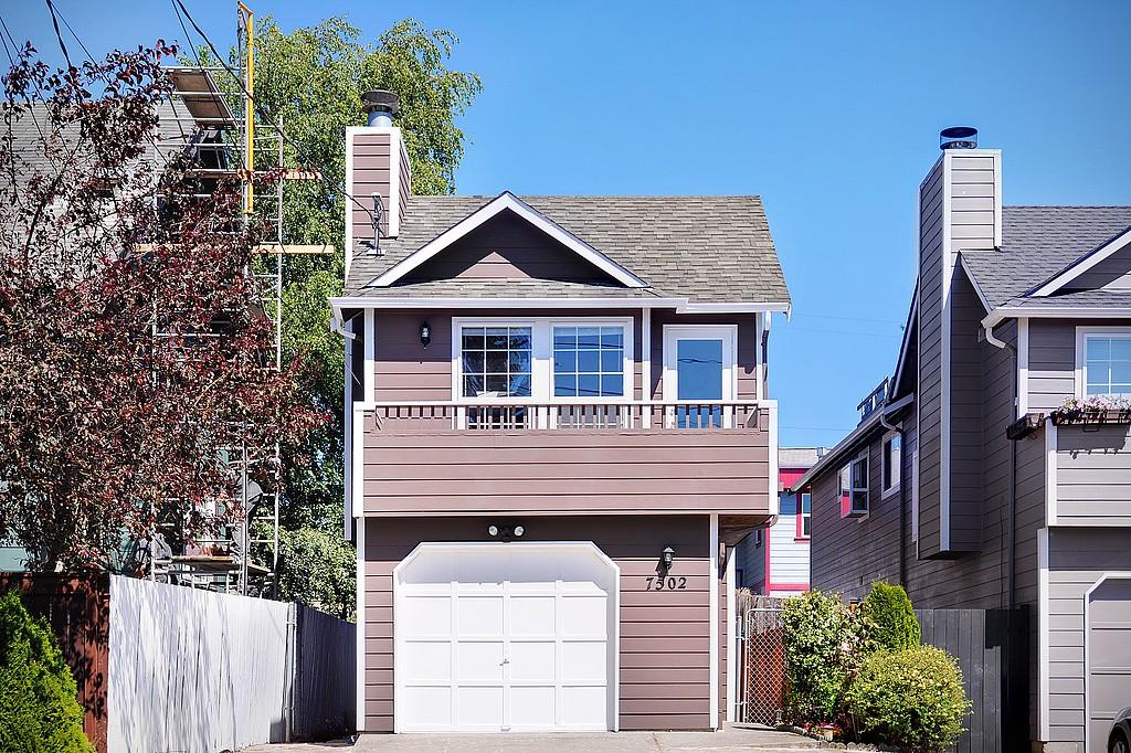 Real Estate for Sale, ListingId: 32892769, Seattle,WA98117