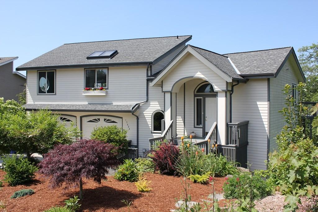 Rental Homes for Rent, ListingId:33522917, location: 13604 SE 18th St Bellevue 98005