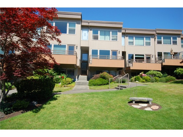 Rental Homes for Rent, ListingId:31346368, location: 10132 NE 63rd St #14 Kirkland 98033