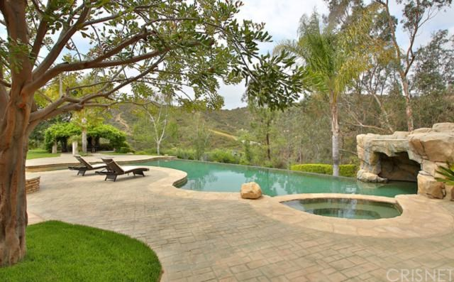 2063 Delphine Lane, Calabasas, CA, 91302: Photo 4