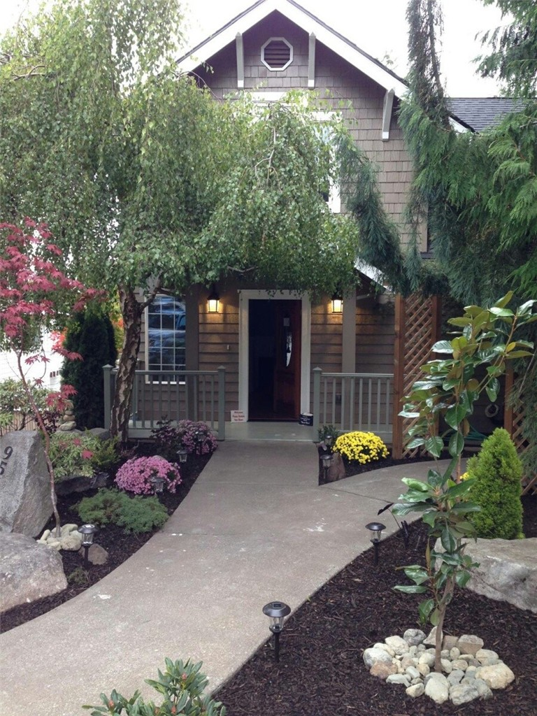 Rental Homes for Rent, ListingId:35275329, location: 9510 9th Ave NW Seattle 98117