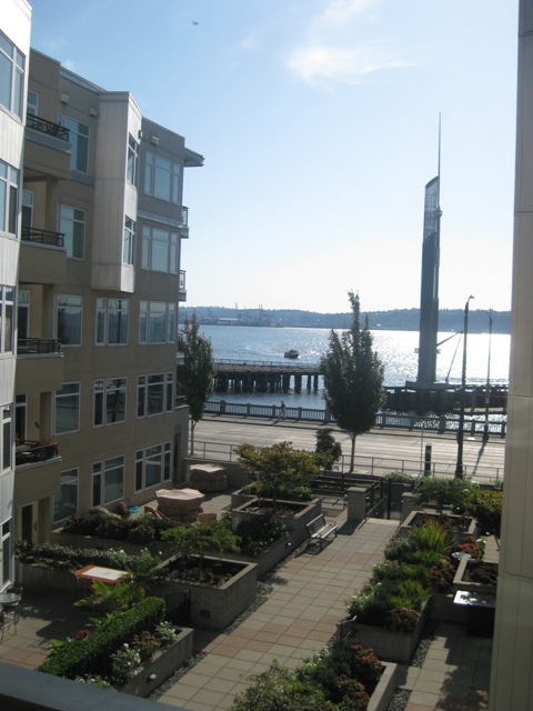 Rental Homes for Rent, ListingId:33266432, location: 2000 Alaskan Wy #553 Seattle 98121