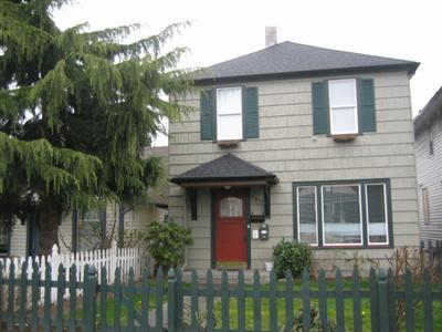 Rental Homes for Rent, ListingId:30927537, location: 2315 Rockefeller Ave #B Everett 98201