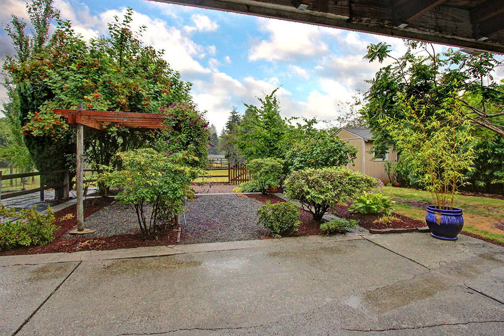 Rental Homes for Rent, ListingId:29845722, location: 10632 132nd Ave NE Kirkland 98033