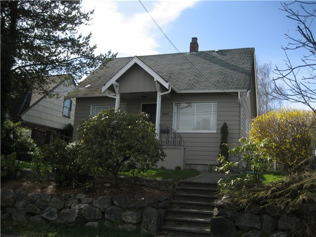 Rental Homes for Rent, ListingId:30939602, location: 8211 20th Ave NE Seattle 98115