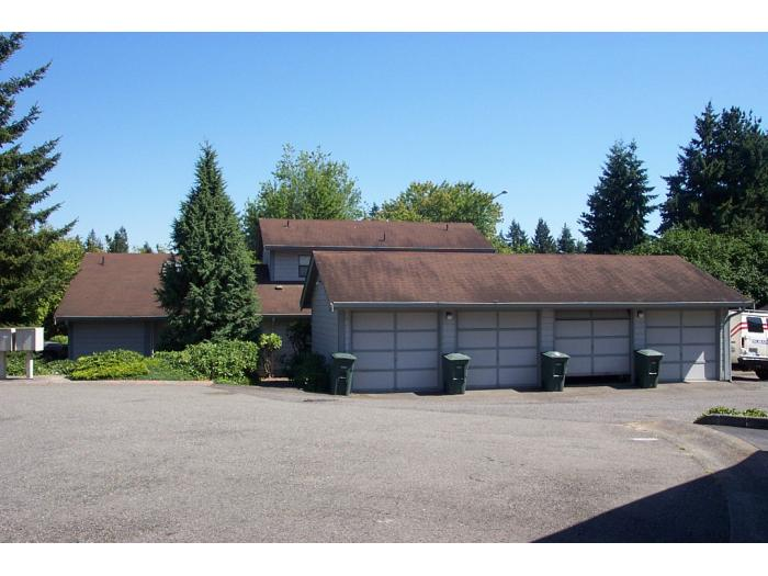 Rental Homes for Rent, ListingId:27779166, location: 10141 NE 137th Place #5 Kirkland 98034