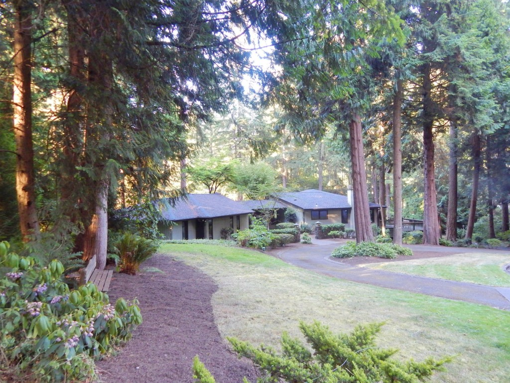 Rental Homes for Rent, ListingId:34203049, location: 13416 NE 33rd Lane Bellevue 98005