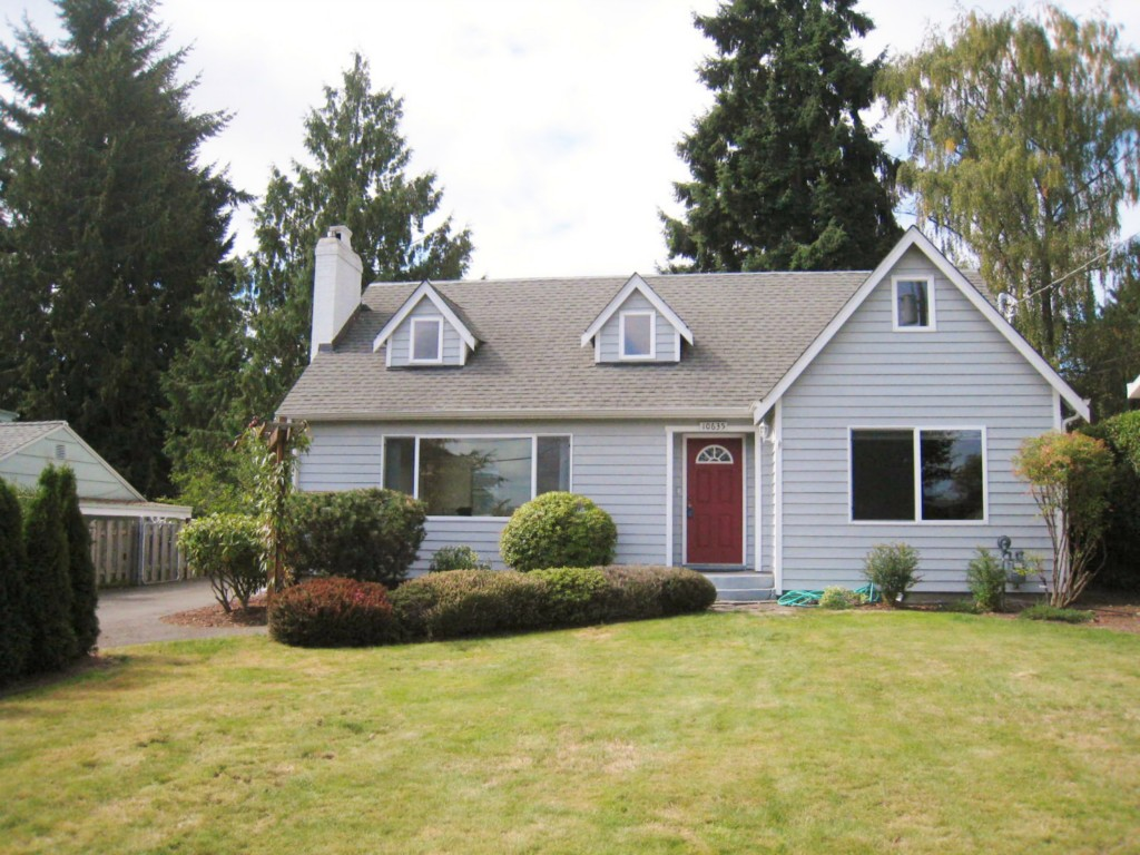 Rental Homes for Rent, ListingId:29845713, location: 10635 Sand Point Wy NE Seattle 98125
