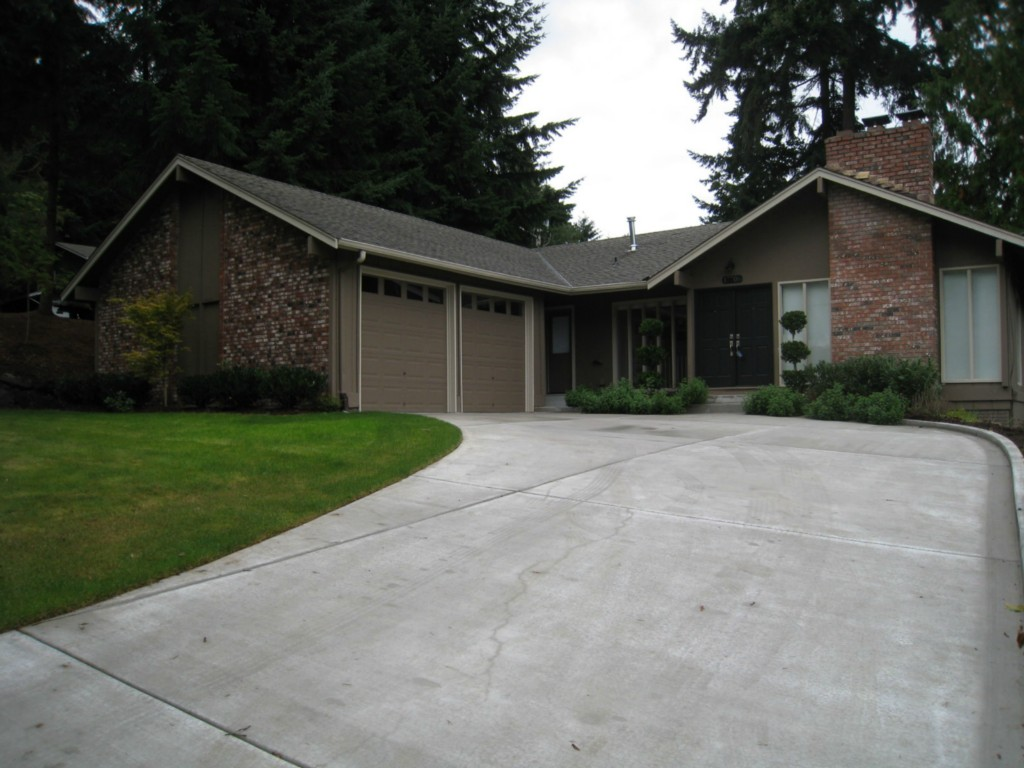 Rental Homes for Rent, ListingId:30898529, location: 17706 NE 27th St Redmond 98052