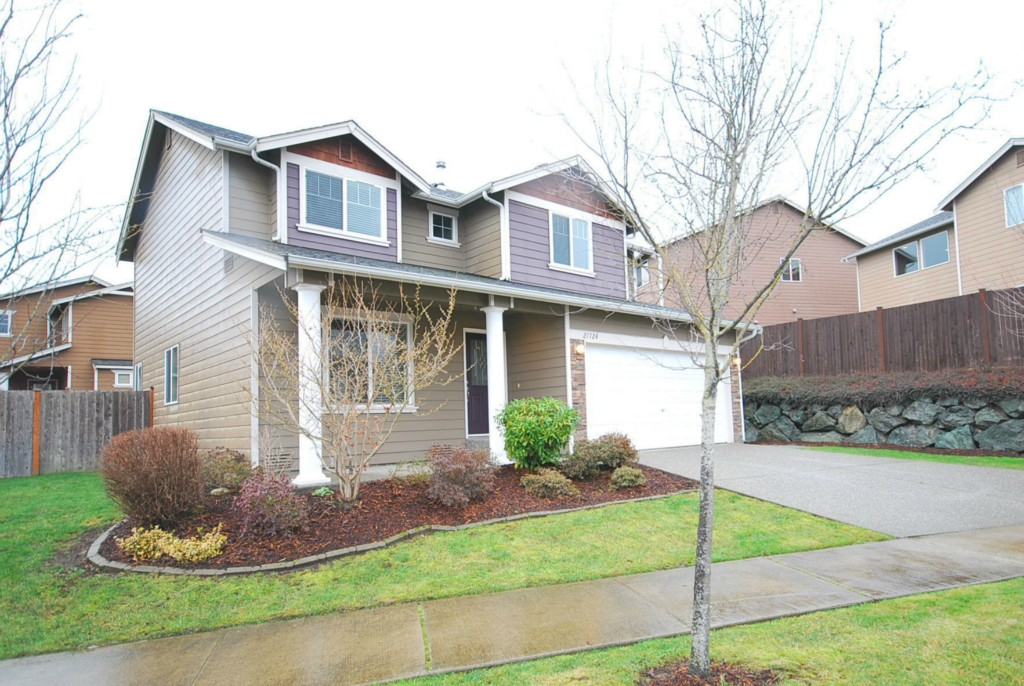 Rental Homes for Rent, ListingId:30927540, location: 27724 Ridge Wy Stanwood 98282