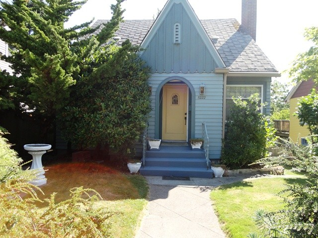 Rental Homes for Rent, ListingId:33801747, location: 5222 38th Ave NE Seattle 98105