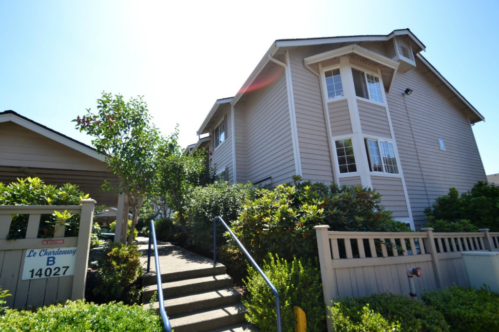 Rental Homes for Rent, ListingId:34540827, location: 14027 NE 181st St #B101 Woodinville 98072