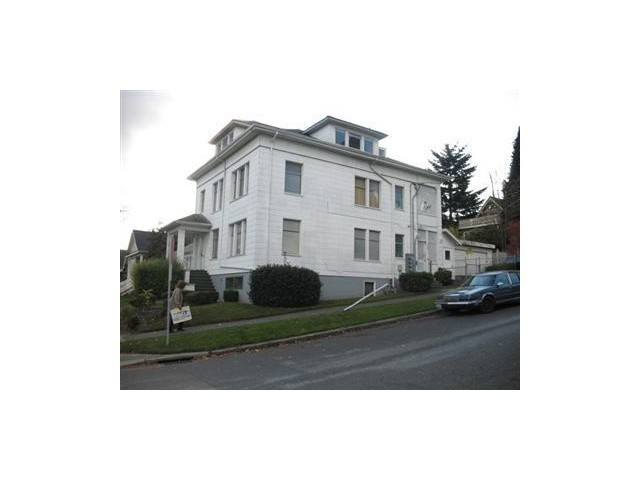 Rental Homes for Rent, ListingId:35546089, location: 621 23rd Ave E #2nd F Seattle 98112