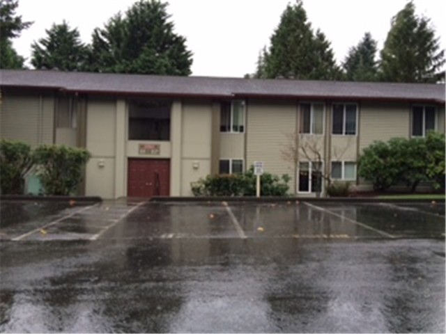 Rental Homes for Rent, ListingId:31270717, location: 17515 151st Ave SE #6-4 Renton 98058