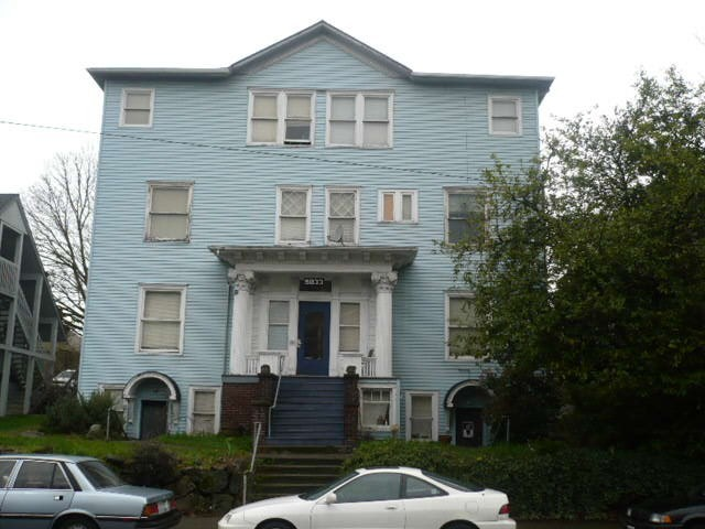 Rental Homes for Rent, ListingId:35546093, location: 5033 Brooklyn Ave NE #5 Seattle 98105