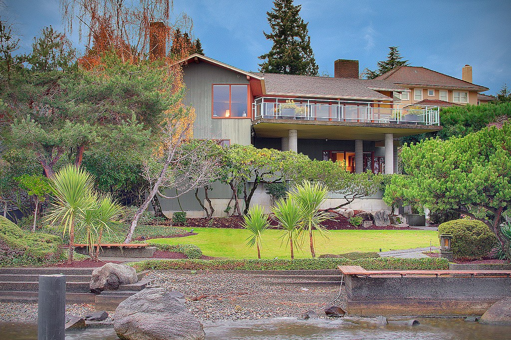 Single Family Home for Sale, ListingId:28940645, location: 3006 Webster Point Rd NE Seattle 98105