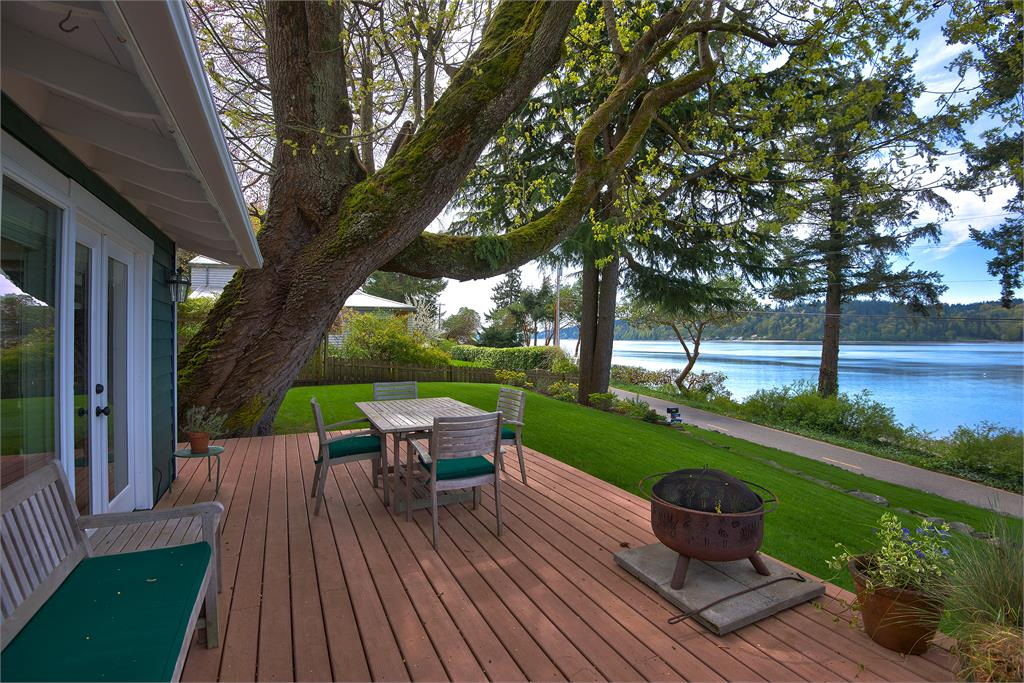 Rental Homes for Rent, ListingId:29491629, location: 4372 Crystal Springs Dr NE Bainbridge Island 98110