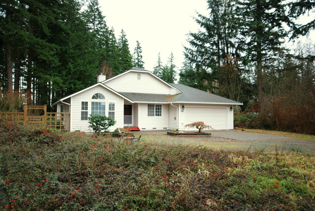 Rental Homes for Rent, ListingId:30898536, location: 395 Piper Wy Camano Island 98282