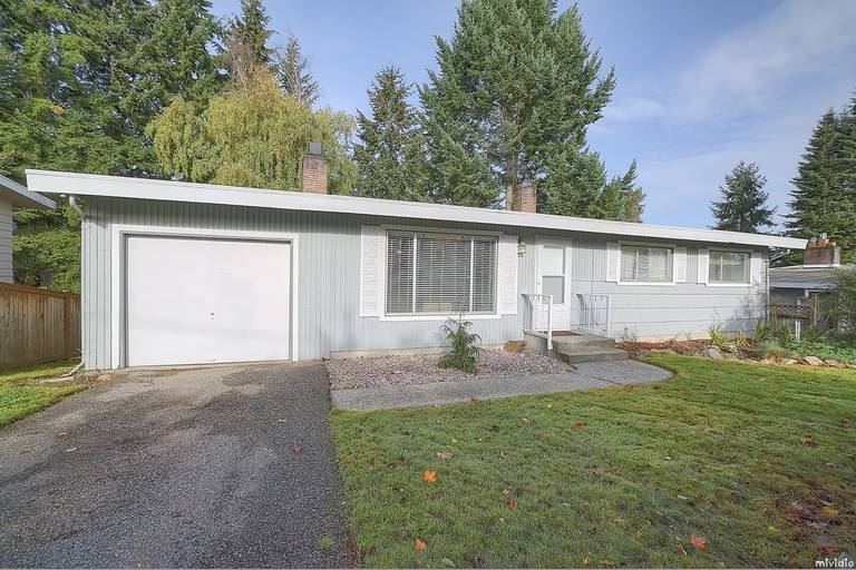 Rental Homes for Rent, ListingId:30496495, location: 1027 148th Place SE Bellevue 98007
