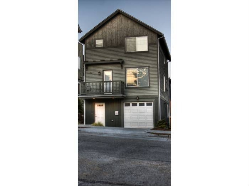 Rental Homes for Rent, ListingId:29458792, location: 9210 Stone Ave N Seattle 98103