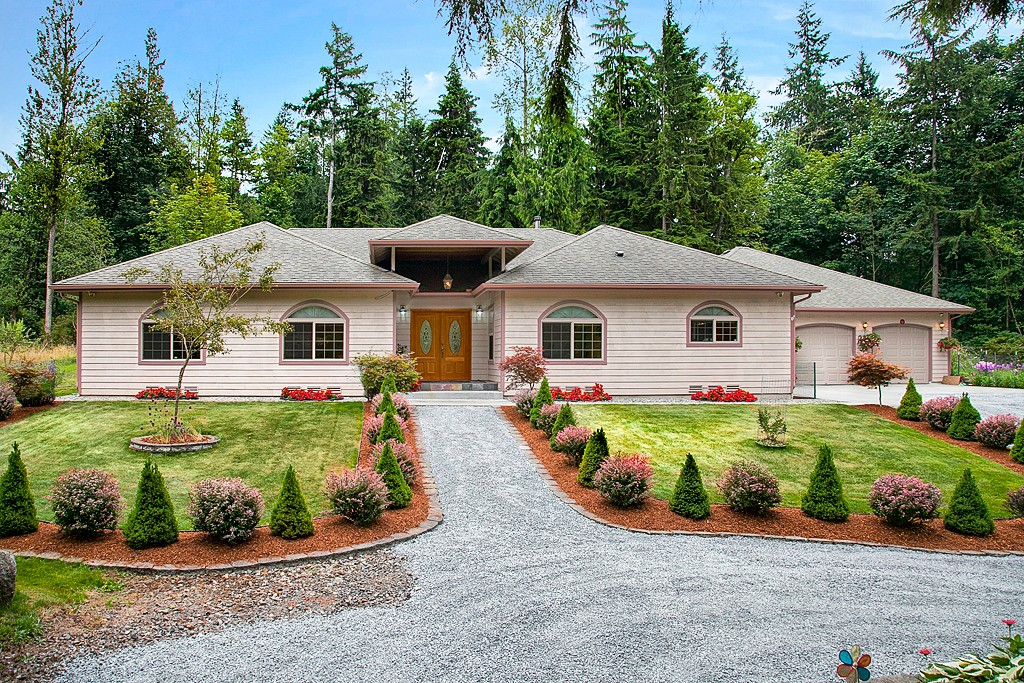 Single Family Home for Sale, ListingId:27484603, location: 23711 131st Ave SE Snohomish 98296