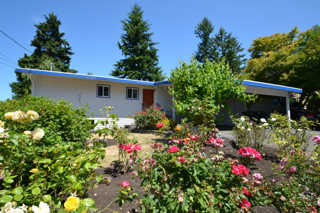 Rental Homes for Rent, ListingId:33802325, location: 9307 216th St SW Edmonds 98020