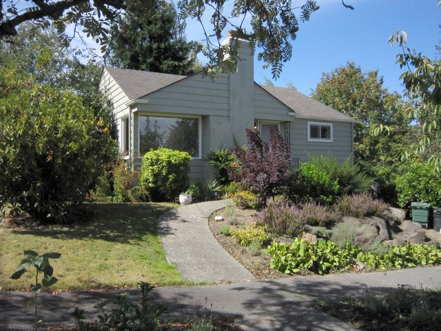 Rental Homes for Rent, ListingId:34791180, location: 3627 37th Ave W Seattle 98199