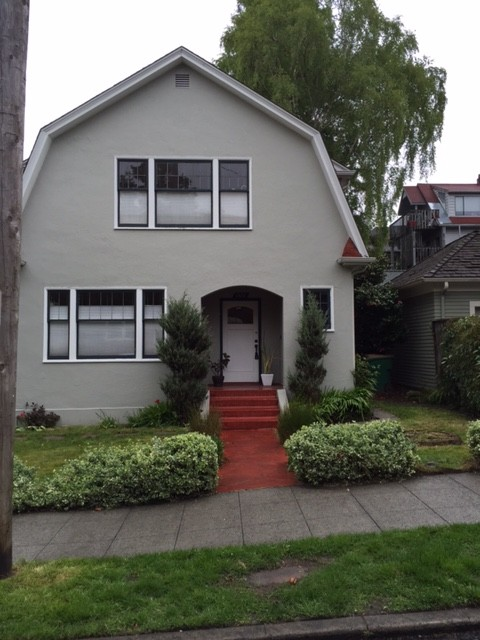 Rental Homes for Rent, ListingId:32811934, location: 1106 E Republican St Seattle 98102