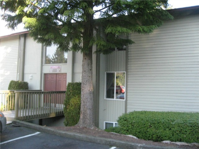 Rental Homes for Rent, ListingId:30179487, location: 17522 151st Ave SE #3-11 Renton 98058