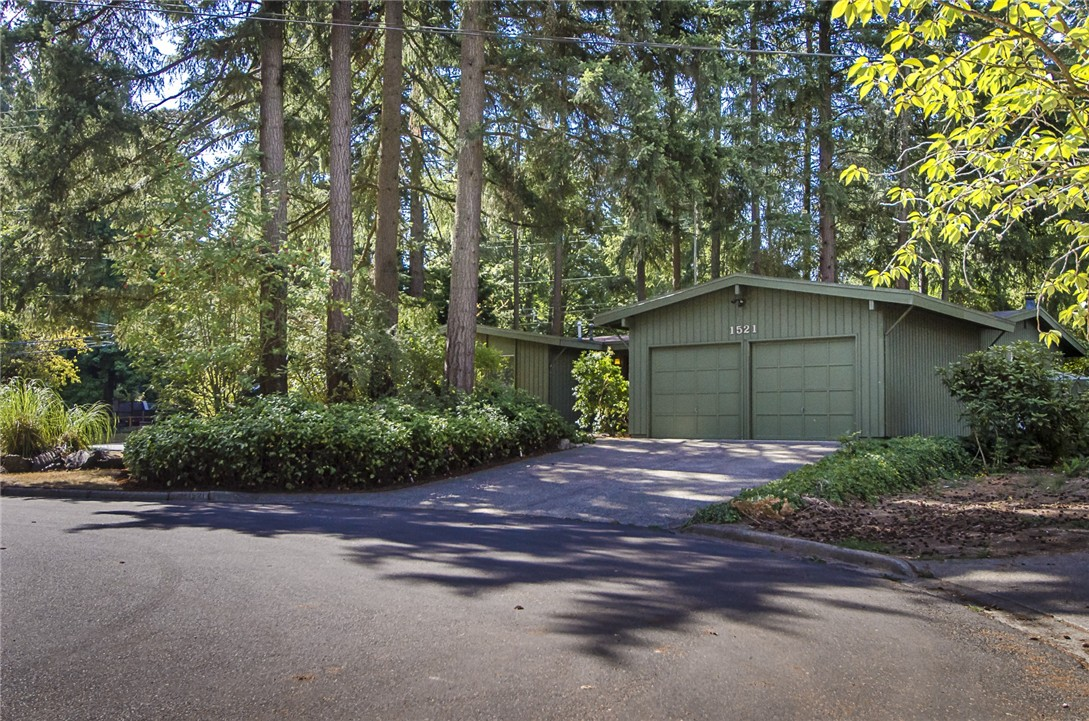Rental Homes for Rent, ListingId:35124435, location: 1521 150th Ave SE Bellevue 98007