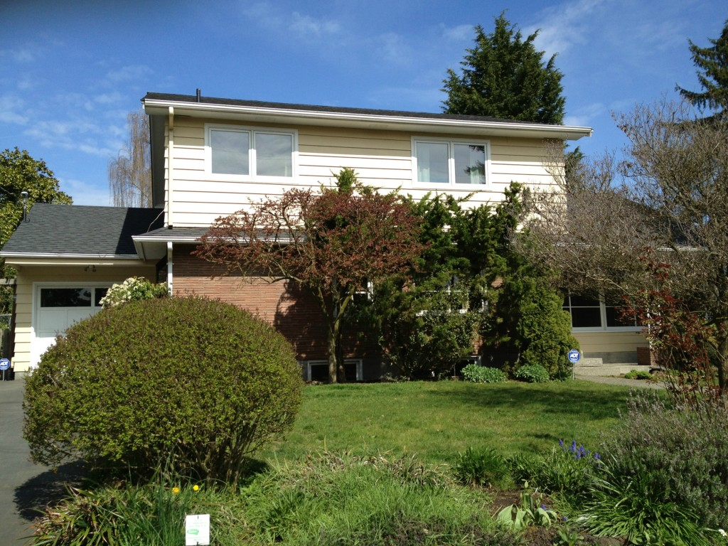 Rental Homes for Rent, ListingId:27401506, location: 2040 NE 104th St Seattle 98125