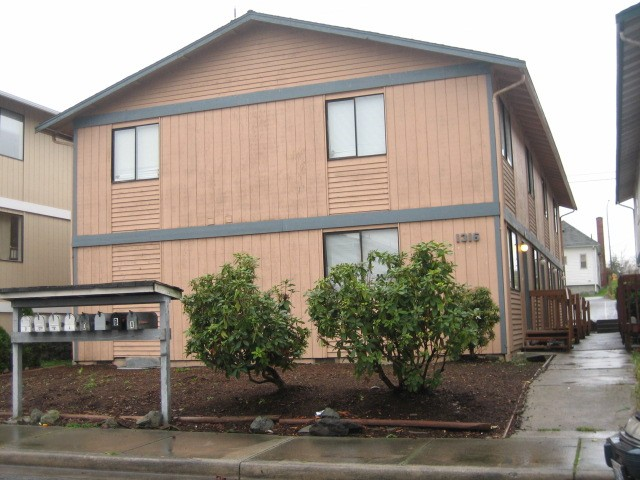 Rental Homes for Rent, ListingId:27980950, location: 1316 Chestnut St #B Everett 98201