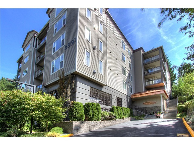 Rental Homes for Rent, ListingId:37134249, location: 8850 Redmond Woodinville Rd NE #506 Redmond 98052
