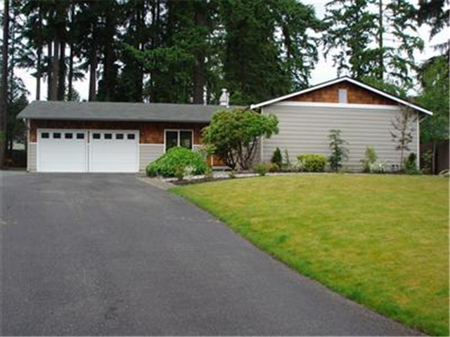 Rental Homes for Rent, ListingId:30427763, location: 12006 NE 138th Place Kirkland 98034