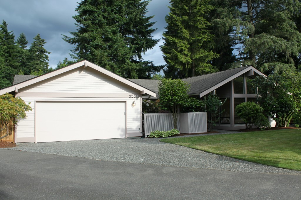 Real Estate for Sale, ListingId: 28554633, Lake Forest Park,WA98155