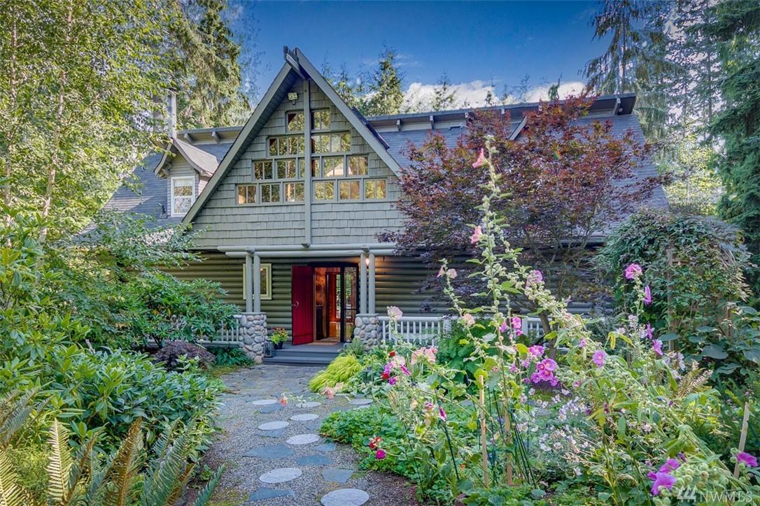 10581 NE Byron Dr, Bainbridge Island, Washington