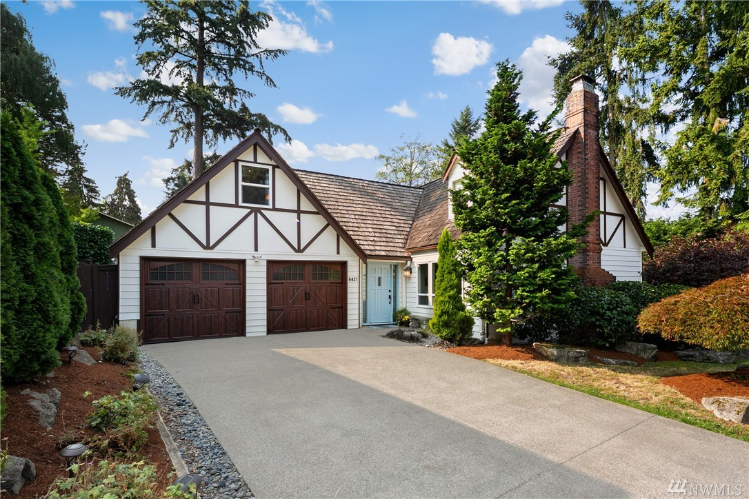 8421 SE 33rd Place, Mercer Island, Washington