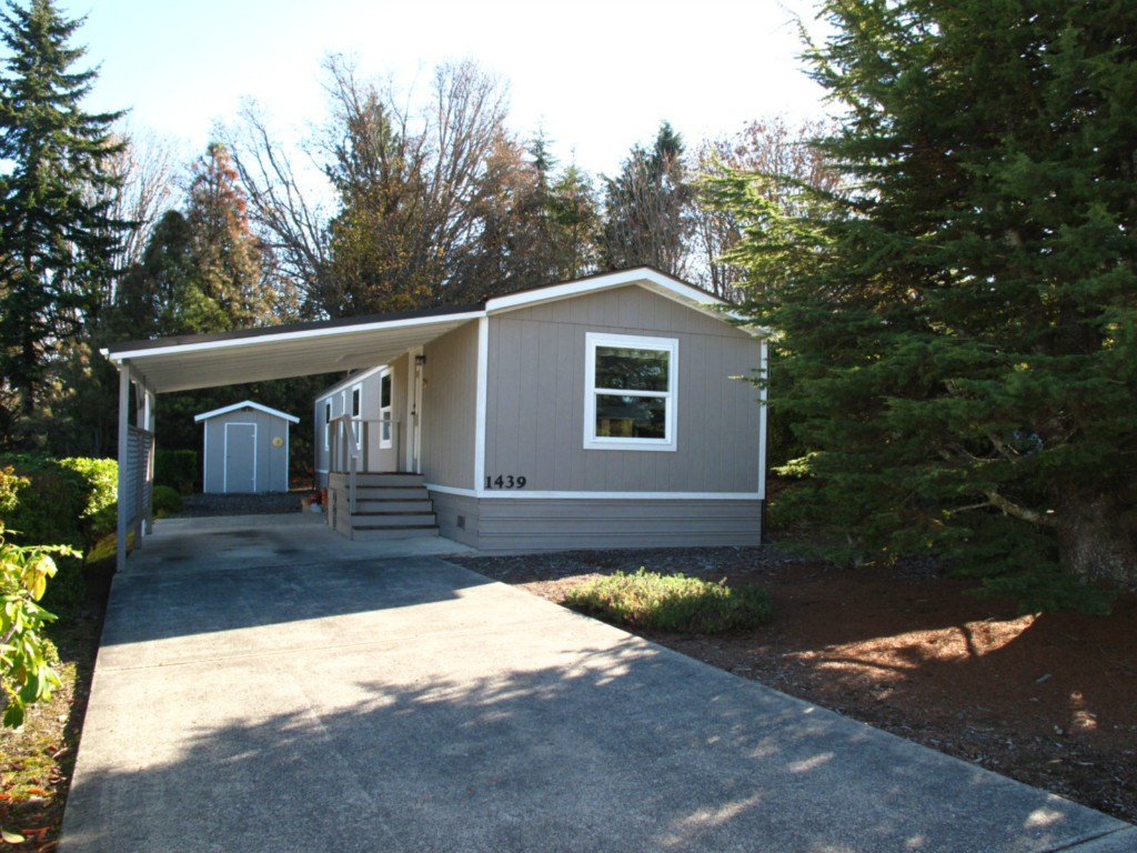 Single Family Home for Sale, ListingId:25751856, location: 1439 View Vista Park Pt Angeles 98362