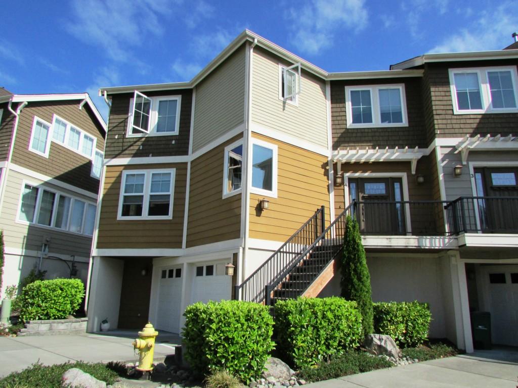 Single Family Home for Sale, ListingId:29443176, location: 13356 NE 134th Place #4 Kirkland 98034