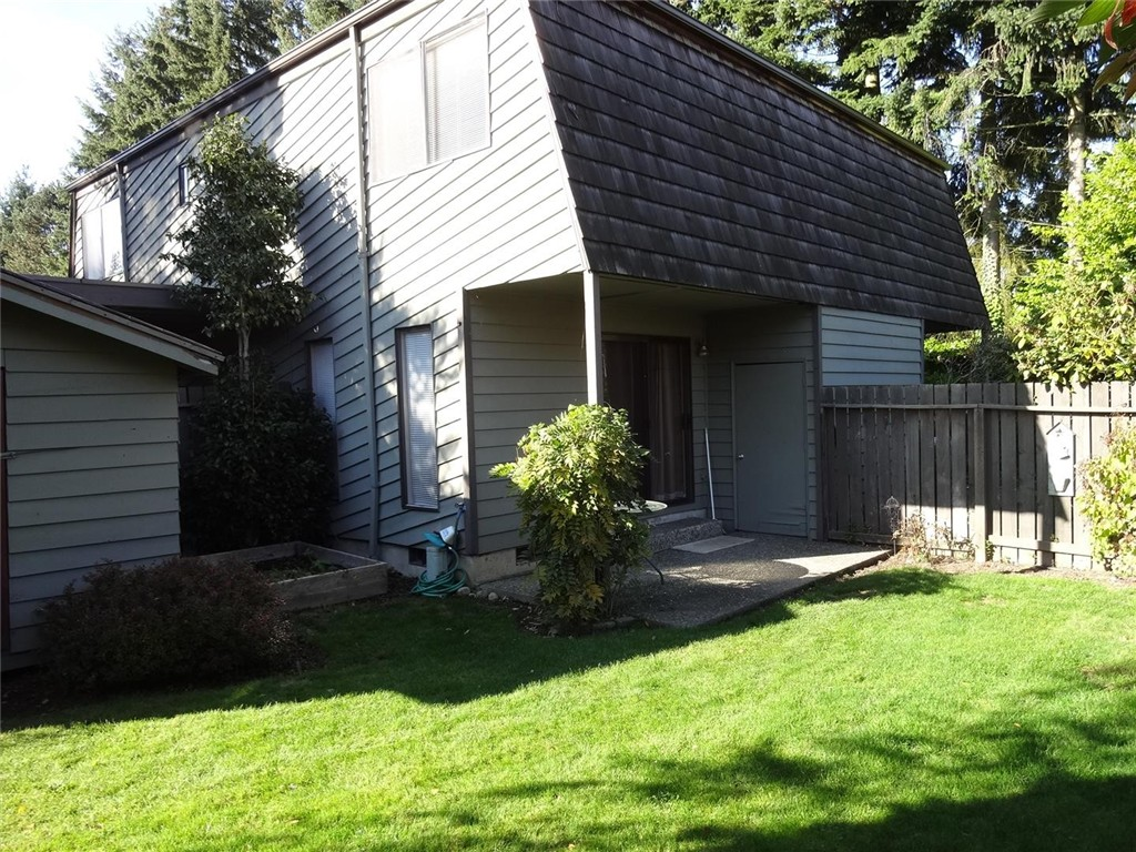 Rental Homes for Rent, ListingId:35467596, location: 702 141st Lane SE Bellevue 98007