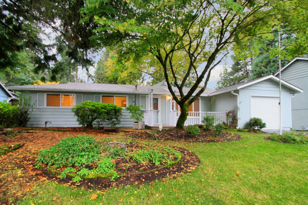 Rental Homes for Rent, ListingId:30432930, location: 14039 75th Ave NE Kirkland 98034